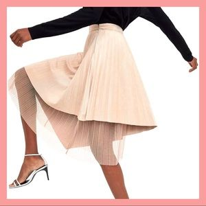 ZARA Basic L Pleated Skirt Pink Faux Suede Tulle